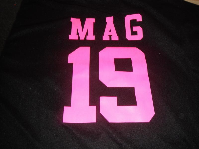 Mag 19 in pink screen print